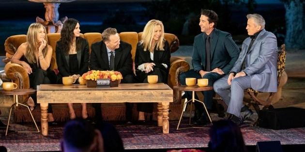Controversy in China over the censorship of the Friends special