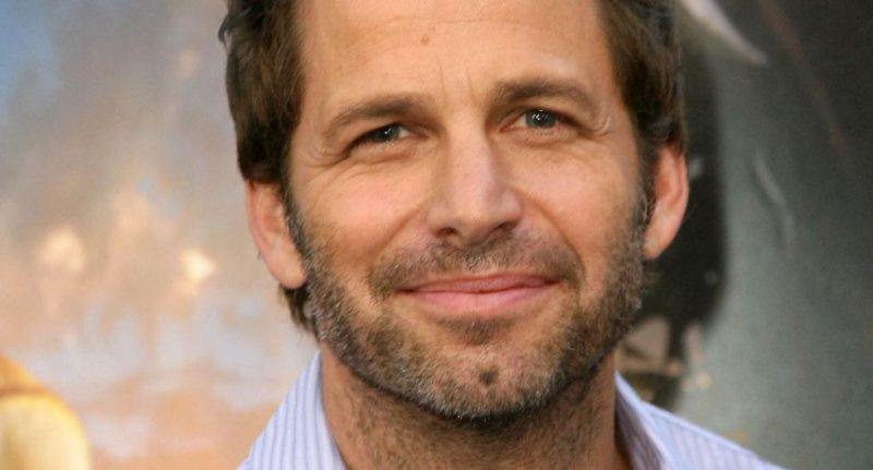 Zack Snyder doesn't want to make comic movies anymore and wants to try his hand at adult cinema