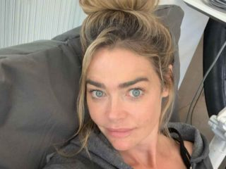 Denise Richards teaches her teenage daughters to use social media safely
