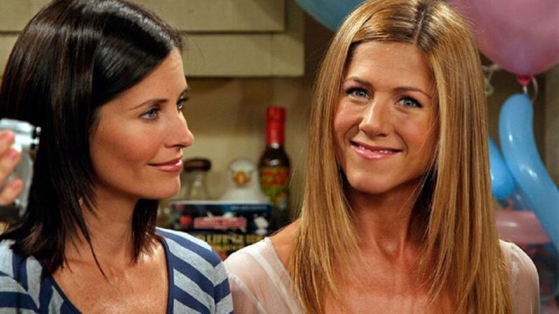 Nostalgia takes hold of Jennifer Aniston and no one can blame her