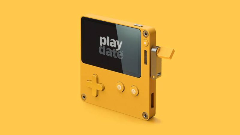 Playdate, the crank laptop, presents its first games, reservations and price