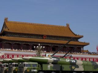 China prueba sus misiles 'asesinos de portaviones'