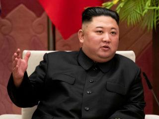 """Kim Jong-un califica el k-pop de """"cáncer vicioso"""" mientras su país lucha contra la influencia de la cultura surcoreana"""