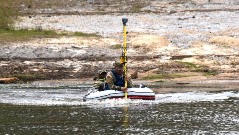 Descubren en el fondo de un lago en California una avioneta que se estrelló hace más de 50 años