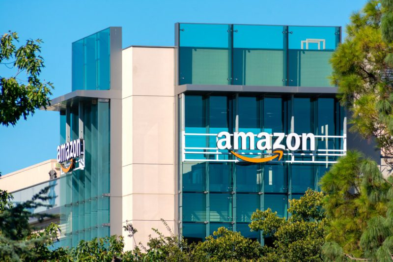 Amazon blocks Google's FLoC on its own pages