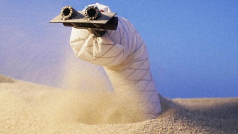 Crean un robot 'lombriz' que puede desplazarse por entornos subterráneos excavando la arena