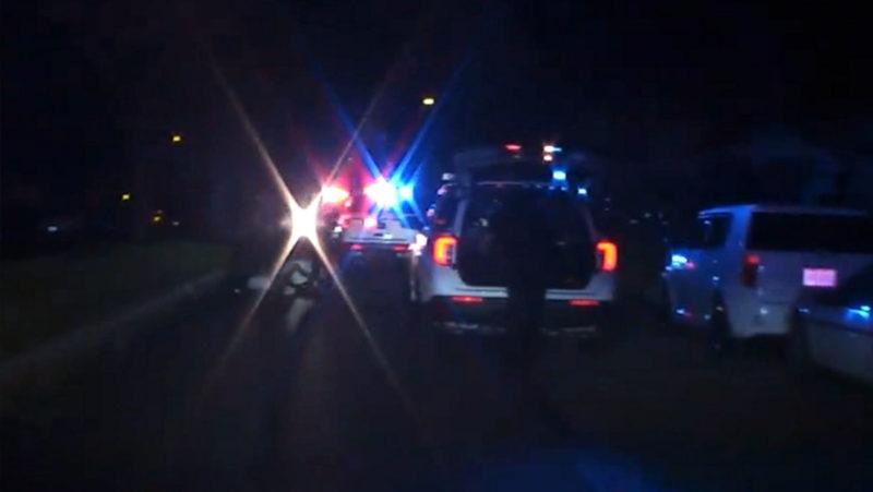 Víctima de un tiroteo en EE.UU. muere tras ser atropellado por el patrullero que respondió a la emergencia