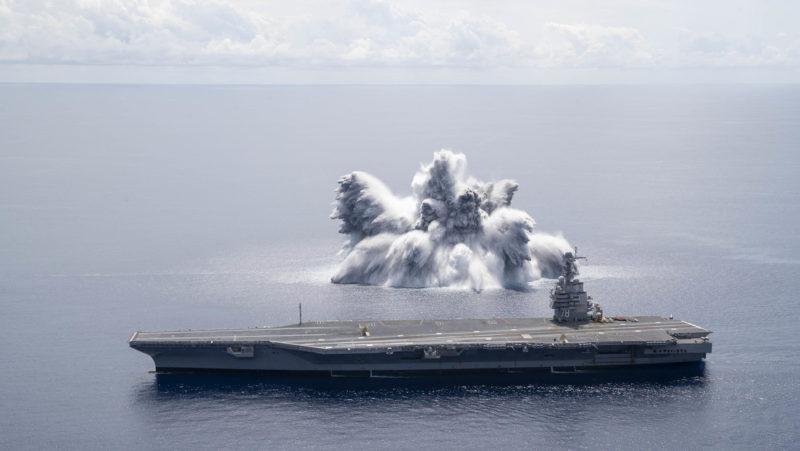 Realizan una explosión para probar la resistencia del portaviones más caro y avanzado de EE.UU.