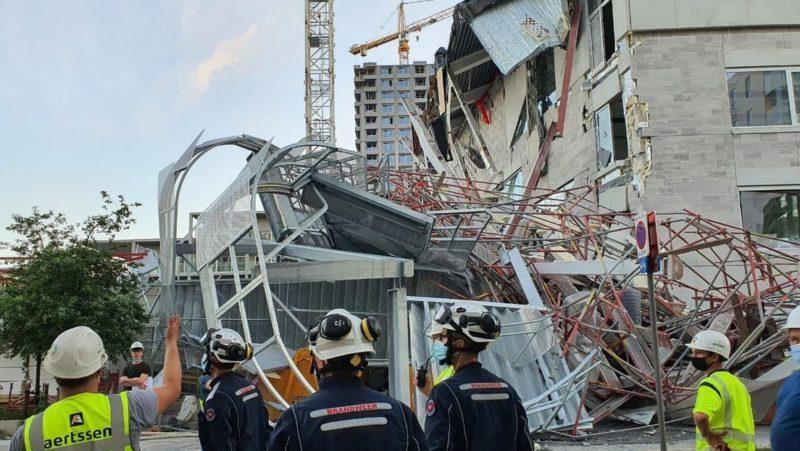 Cinco muertos y nueve heridos por el derrumbe parcial de una escuela en construcción en Bélgica (VIDEO)
