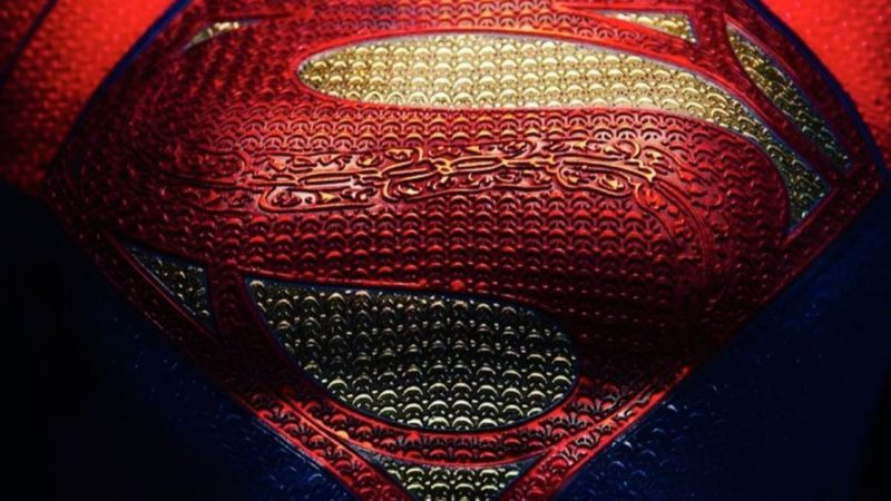 First official and leaked images of Supergirl in the Flash: this is what Sasha Calle looks like with the suit