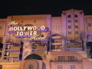 Scarlett Johansson will star in a film about Disney's Tower of Terror, a famous attraction, with the person in charge of Toy Story 4