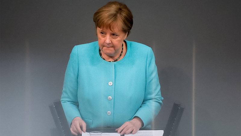"""Merkel: """"La Unión Europea debe buscar un contacto directo con Rusia y con el presidente ruso"""""""