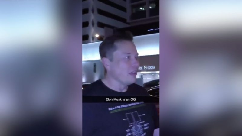 Elon Musk's viral about Call of Duty with a fan in which he leaves a brushstroke of bravado