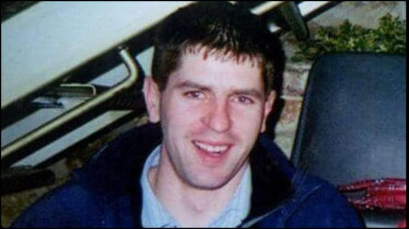 A young man disappeared 17 years ago without a trace and now his remains were found in a car at the bottom of the water