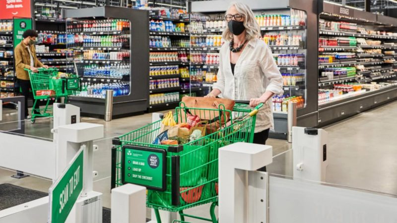 Amazon: Pay without a till in supermarket format for the first time