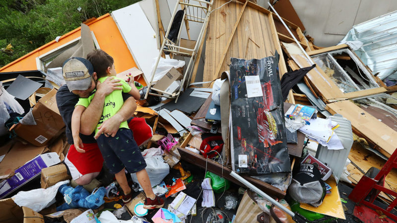 At least five dead in the United States from the tornadoes that hit the state of Alabama