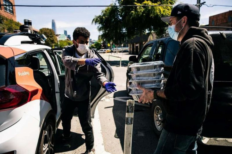 """Autonomous cars: companies fill their """"war chests"""" with billions"""