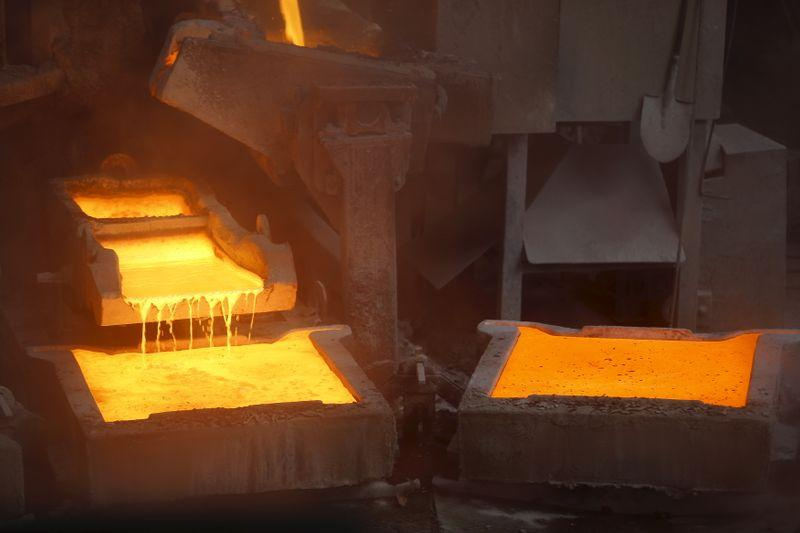BASIC METALS-Copper falls on market fears about demand and measures from China