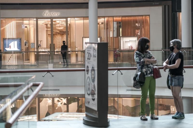 """Cartier warns of an """"overheating"""" in the luxury sector"""