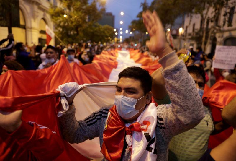 Castillo's supporters march against Fujimori's fraud allegations
