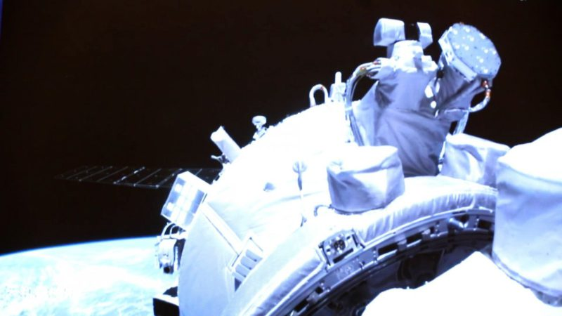 Chinese astronauts arrive at new space station