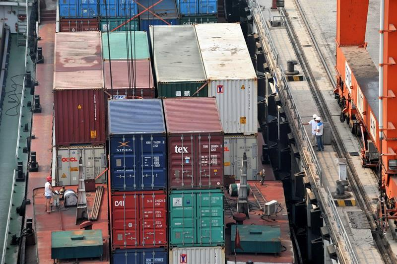 Costa Rica's exports show signs of recovery, growing by 23%
