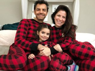 Eugenio Derbez and Alessandra Rosaldo are harshly criticized for their Christmas tree