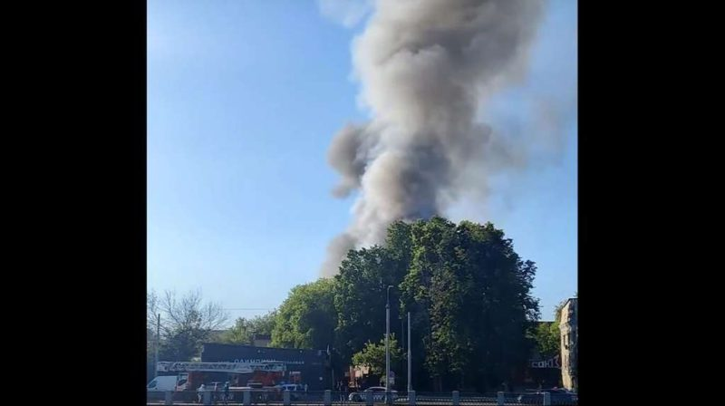 Impressive fire in Moscow: a pyrotechnics factory exploded
