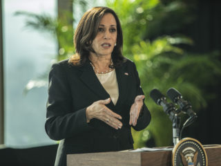 Kamala Harris assures that she was referring to Guatemala and not Mexico when she demanded that the press and NGOs be allowed to work.
