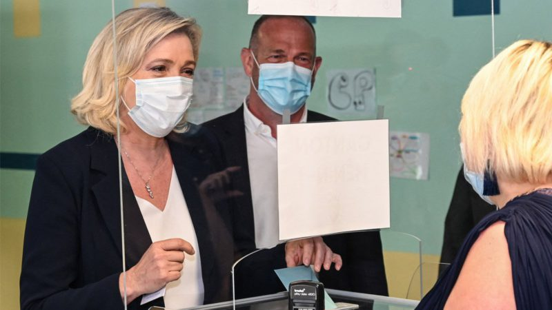 Le Pen crashes before the traditional right in a French regional marked by high abstention