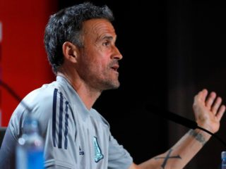 Luis Enrique: «We are going to wait for Busquets, he will be on the list»