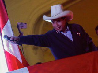 Pedro Castillo wins in Peru, but an appeal from Fujimori delays the proclamation