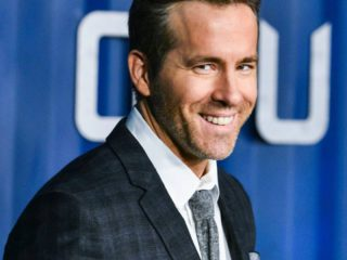 """Ryan Reynolds celebrates Father's Day in advance with """"vasectomy"""""""