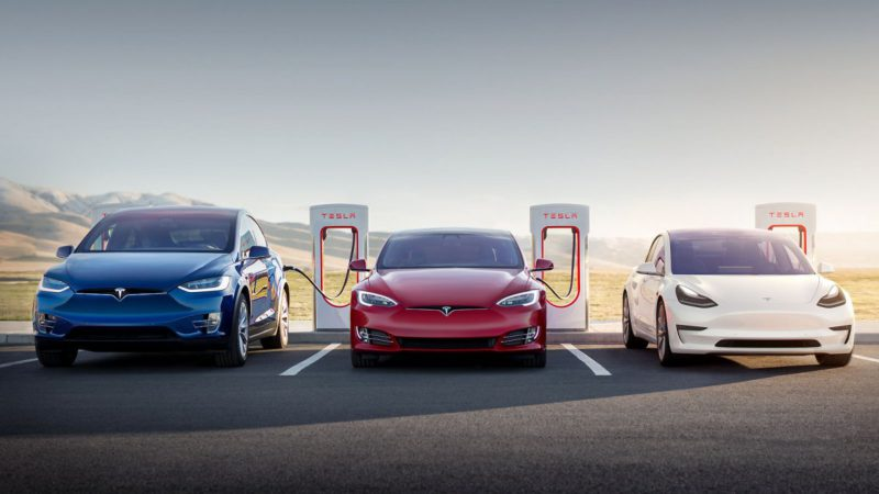 Scheuer wants to open Tesla's Supercharger for everyone