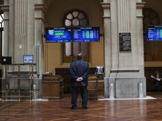 The Ibex-35 advances attentive to the Bank of England after contradictions in the Fed