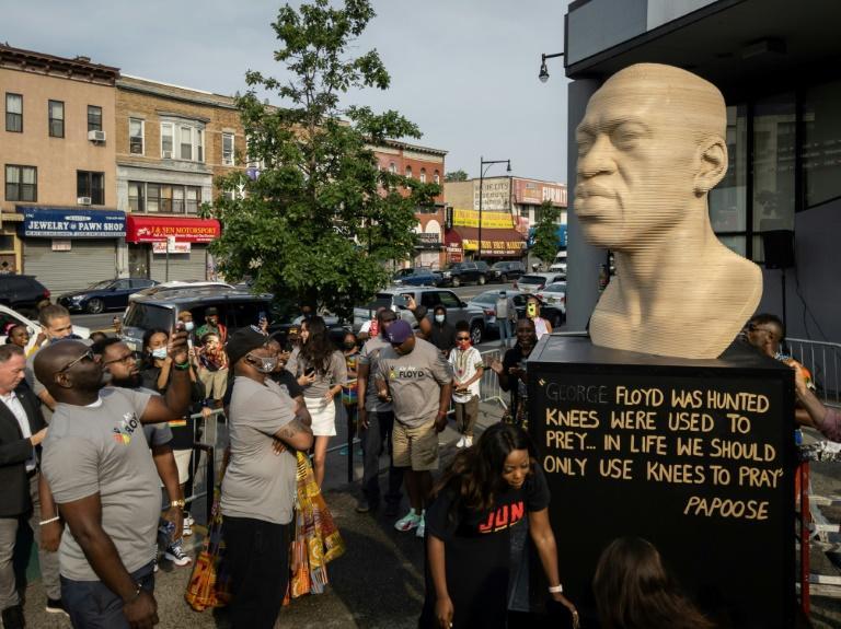 Una estatua de George Floyd inaugurada el sábado en Brooklyn Estados Unidos conmemora el fin de la esclavitud, un aniversario con gran resonancia