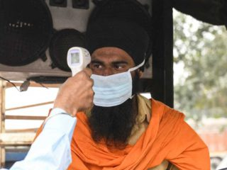 The new strain of Covid-19 detected in India worsens the country's critical health situation