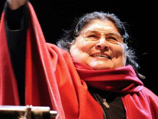"""The unpublished videos of """"Cantora"""", by Mercedes Sosa, with Charly, Spinetta, Cerati and Fito, among others, are released"""