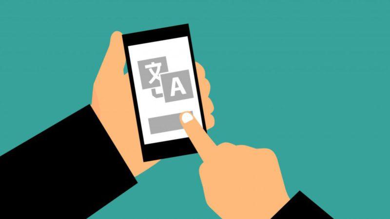 ¿Cómo traducir un texto sacándole una foto? Estas son las mejores apps para Android e iOS