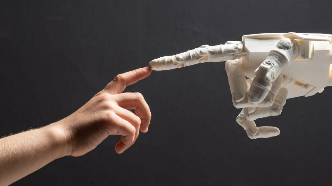 Robots que sienten y se curan: Crean un material que les da esta capacidad