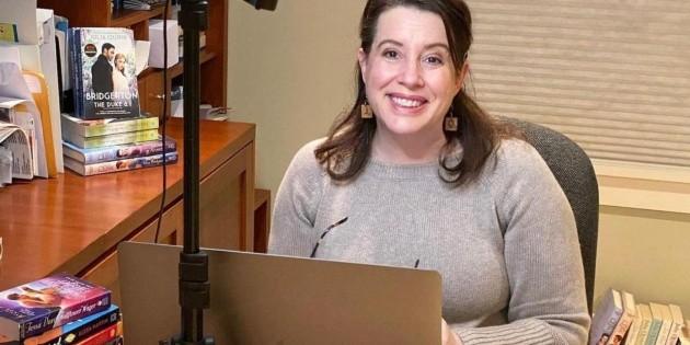 Mourning in Bridgerton: Julia Quinn was struck by tragedy