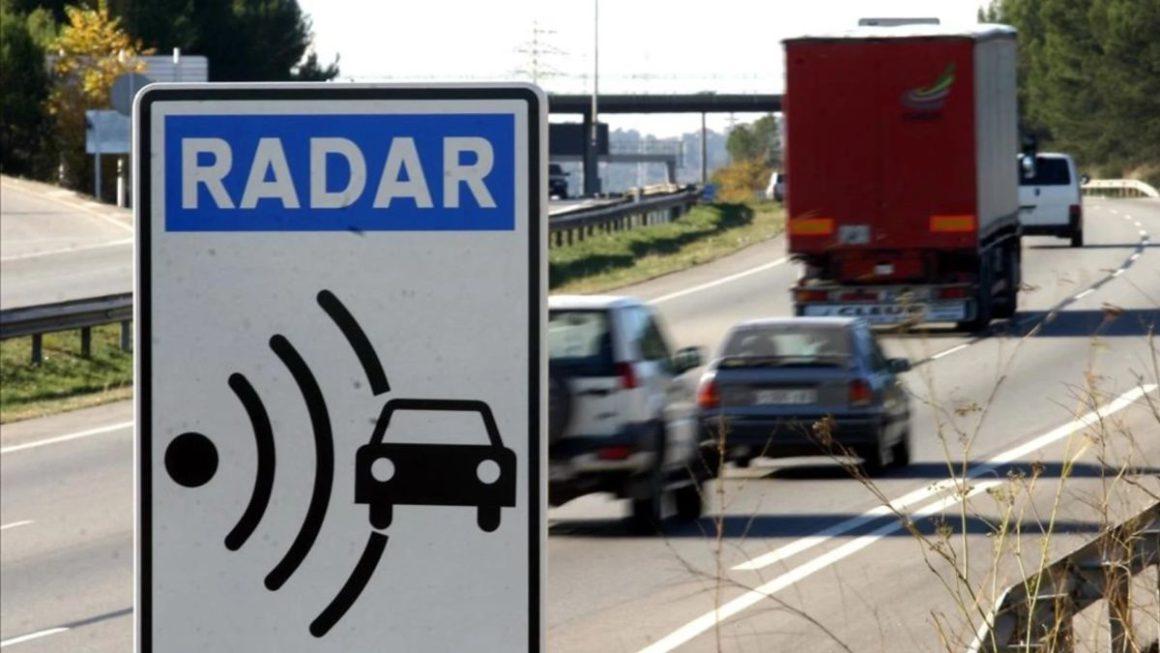 Cómo activar en Google Maps el aviso de radares fijos y móviles de la DGT