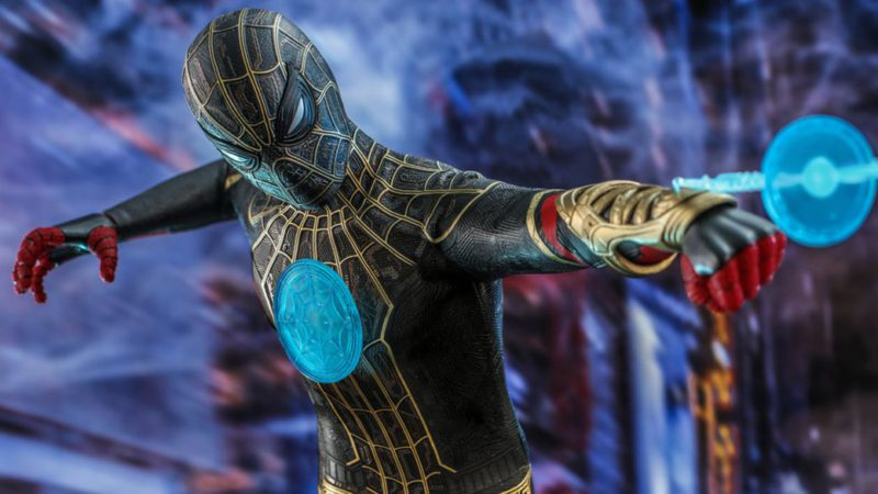 Spider-Man: No Way Home Hot Toys figure discovers Peter Parker's new powers