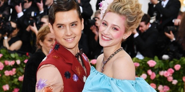 A hint?  Lili Reinhart's reaction after Cole Sprouse introduced his new girlfriend