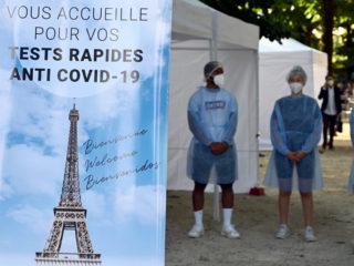 Francia lanza un pase sanitario como requisito para asistir a sitios culturales y de entretenimiento