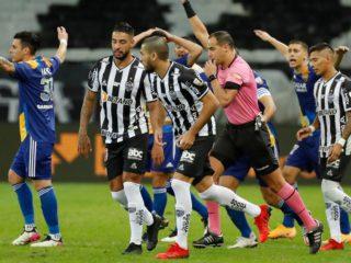 Revelan las imágenes del VAR en el gol anulado a Boca Juniors que desató el caos en la Copa Libertadores