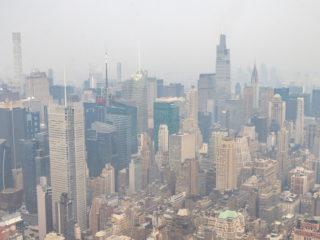 Dictan alerta de calidad del aire en Nueva York debido al humo proveniente de los incendios forestales en la costa oeste de EE.UU.