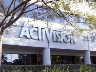 Activision Blizzard is sued for cases of sexual harassment and labor inequality of its workers after a two-year investigation