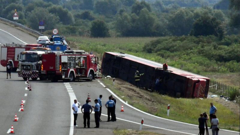 Un accidente de bus deja 10 personas muertas y decenas de heridos en Croacia