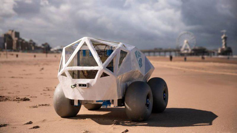 BeachBot, un coche lunar con brazos para limpiar colillas de las playas